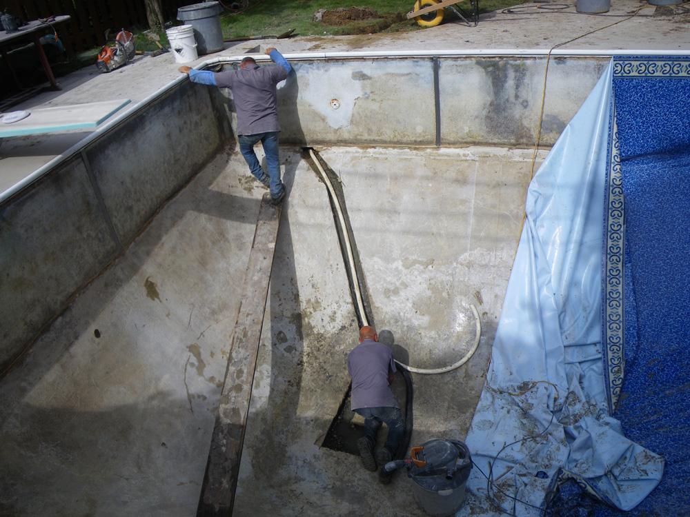 Piscine creus e r paration drain fond r am nagement for Drainage piscine